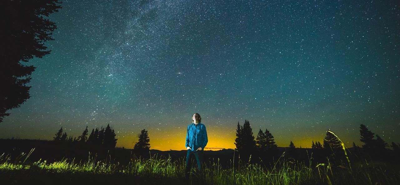 stars-1081861_1280-1.jpg